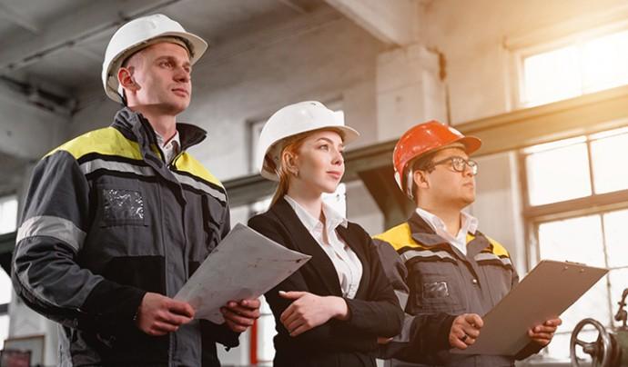 ProjectManagement shutterstock_1160783251 construction cert