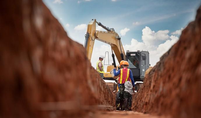 ProjectManagement Construction Supervision_shutterstock_1163120776