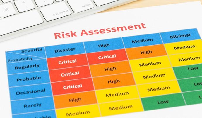 ProjectManagement shutterstock_380235586 risk